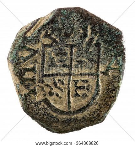 Ancient Copper Coin Of The Spanish King Felipe Iv. Reverse.