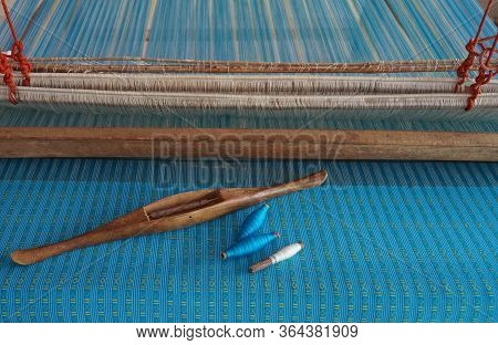 Wooden Bobbin On Cotton Loom ,traditional Handmade Cotton Weaving Loom With Textile Pattern
