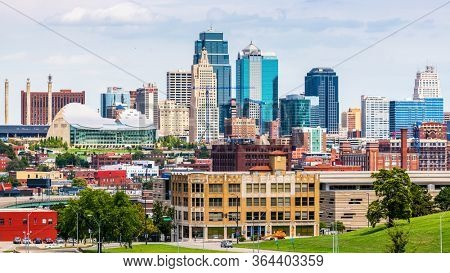 Kansas City, MO, USA downtown city skyline.