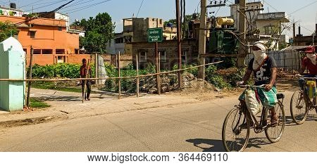 Katihar/bihar/india-04/05/2020; Munilal Chowk Barmasiya Near New Bus Stand Sealed/barricaded By Loca