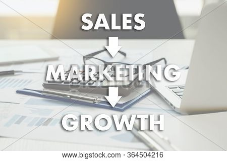 Sales Marketing Concect , Customer Marketing Sales Dashboard Graphics And Business Marketing Team Di