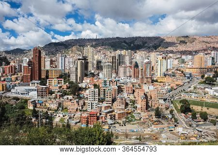 La Paz, Bolivia; February 12 2011: Panoramic View Of The City Of La Paz From The Viewpoint Of Laikak