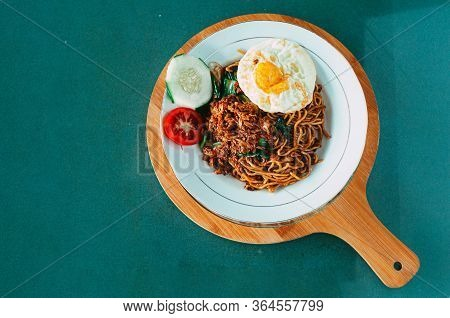 A Tasty Noodle With Egg Plating. Besides Rice, Noodles Are The Second Staple Food Of Asian People, E