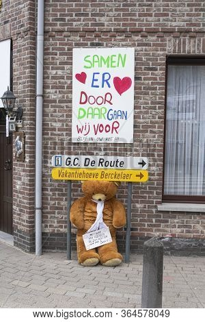 Sint Gillis Waas, April 12, 2020, During The Corona Crisis Covid19, People Write Messages On Canvas