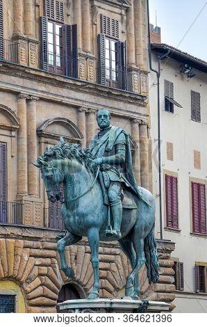 Florence, Tuscany, Italy - April 1, 2018: Bronze Equestrian Statue Of Cosimo I On Piazza Della Signo