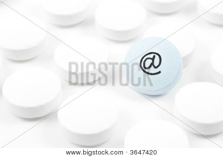 Pilpills With Email Sign