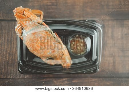 Steamed Crab And Thai Seafood Sauce Steamed And Cooked Pack In Plastic Box For Delivery. Thai Style