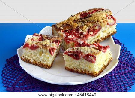 tasty fruit cake with strawberries