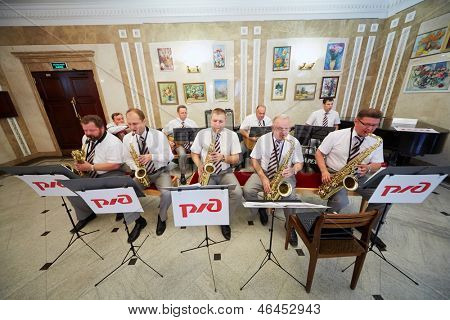 MOSCOW - AUG 3: Jazz-band performs in foyer of Central House of culture of railwaymen before final of national competition Beauty of Russian Railways, August 3, 2012, Moscow, Russia.