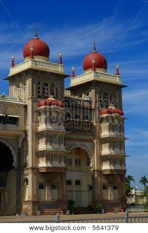 schöne Denkmal von Mysore Palast ii
