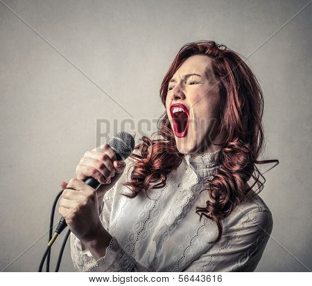 Classy Songstress