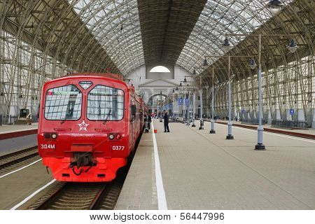 MOSCOW - MAY 03: Aeroexpress Train in ��µ��?��? Kiyevsky vokzal October 03, 2013 in Moscow, Russia. Kiyevsky vokzal is one of the nine main railway stations of Moscow, Russia