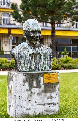 Memorial To Quincy Jones In Montreux