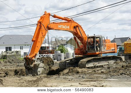 Hitachi Orange Digger