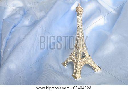 Ktich Eiffel Tower