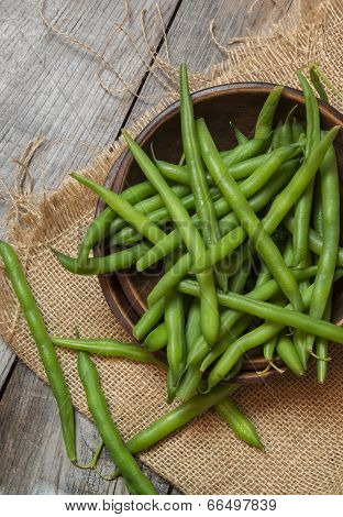 fresh picked bowl of green beans