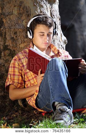 Teenager Reading