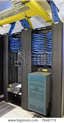 Data Centre Core Communication Switch