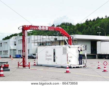 mobile x-ray scanner at the boarder