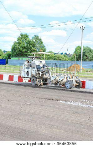 Hofmann road marking machine