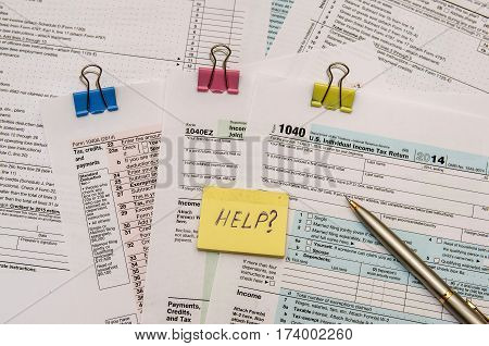 Federal Income Tax Form 1040 With Pen