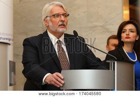 P.klimkin, B.johnson And W.waszczykowski Press Conference In Kiev