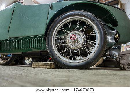 Vintage 1930 Mg M-type Sports Car Wheel