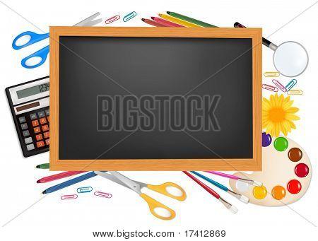 Regreso a la escuela. Escritorio negro con suministros. Vector.