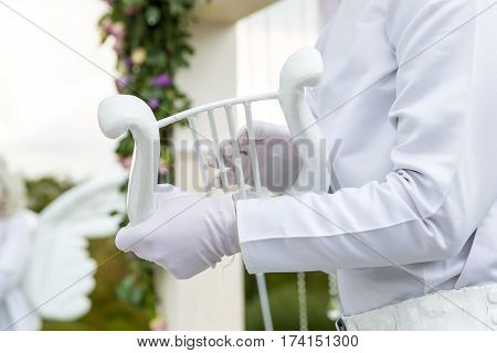 Living statues on the wedding ceremony. Mime receipt for wedding