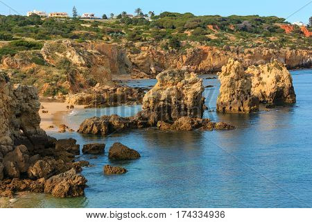 Atlantic Rocky Coast View (albufeira, Algarve, Portugal).