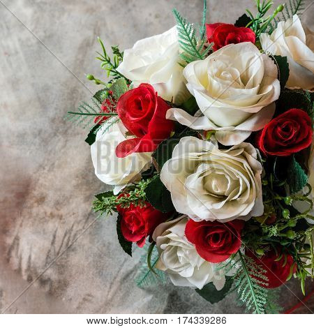 Artificial roses bouquet for wedding or Valentine's Day background.