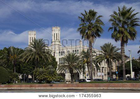Cagliari: panoramica del Palazzo Comunale - Sardegna