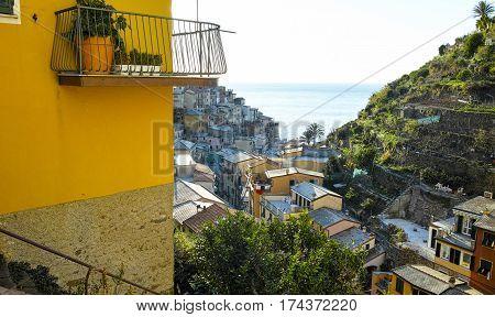 very nice view of manarola near la speiza