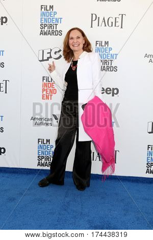 LOS ANGELES - FEB 25:  Beth Grant at the 32nd Annual Film Independent Spirit Awards at Beach on February 25, 2017 in Santa Monica, CA