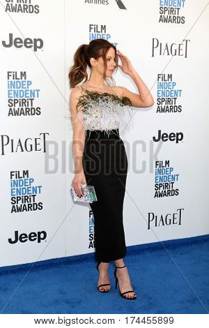 LOS ANGELES - FEB 25:  Kate Beckinsale at the 32nd Annual Film Independent Spirit Awards at Beach on February 25, 2017 in Santa Monica, CA