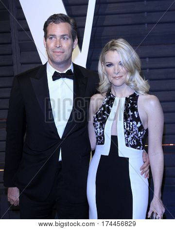 LOS ANGELES - FEB 26:  Douglas Brunt, Megyn Kelly at the 2017 Vanity Fair Oscar Party  at the Wallis Annenberg Center on February 26, 2017 in Beverly Hills, CA