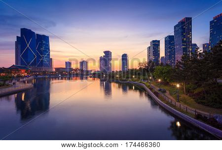 Songdo,south Korea - May 17, 2015: Songdo Central Park In Songdo International Business District, In