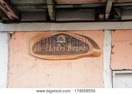 Charles Darwin Avenue Street Sign