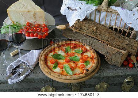 Neapolitan pizza, mozzarella, cherry tomato, fresh basil, basil, fresh, Italian, pizza, cheese, yummy, delicious, tasty, rustic