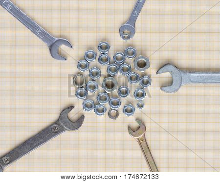Spanners And Nuts On Graph Paper