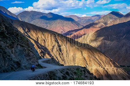 Stunning mountain road from Eastern Tibet to Yunnan province in China