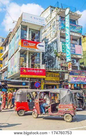 Tuk Tuks In Colombo
