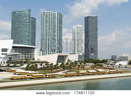Many buses parked the little park in Miami downtown (Florida).