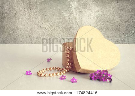Mothers Day gift: Heart shaped gift box and pearls