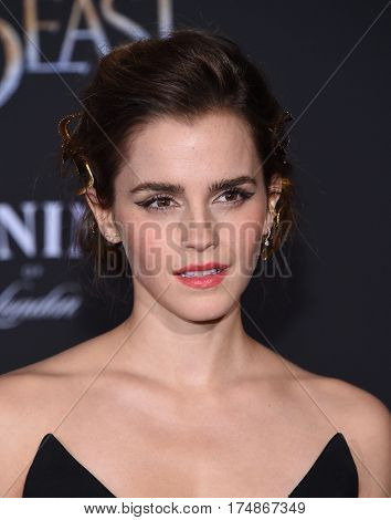 LOS ANGELES - MAR 02:  Emma Watson arrives for the