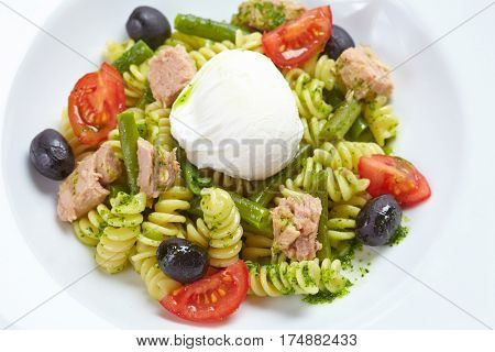 salad with pasta