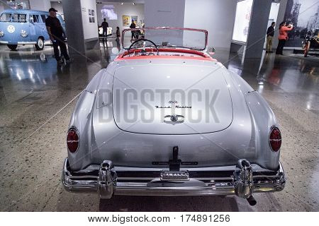 Silver 1953 Nash-healey Convertible By Pinin Farina