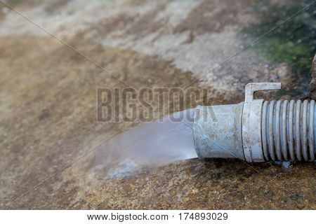 waste water drain from washing machine pipe