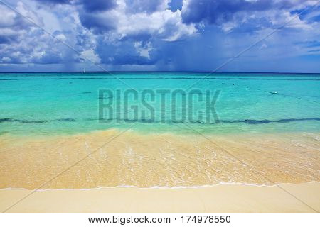 Beautiful caribbean sea and blue sky .Sommer ocean landscape as background.Caribbean sea and blue sky.