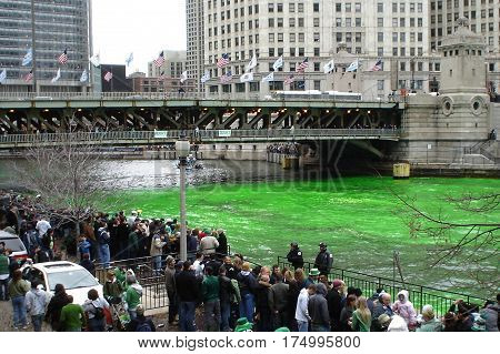 Dying of the Chicago River Green and the Michigan Avenue Bridge March 15, 2008